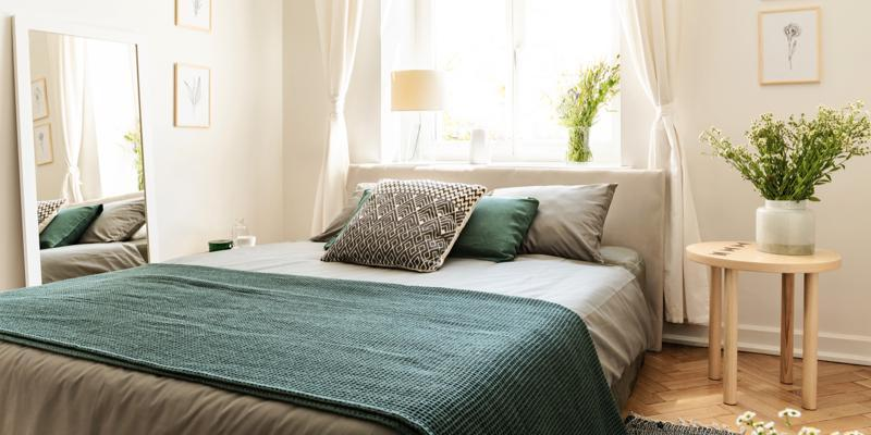 How To Freshen Up Your Bedroom